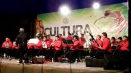 Banda Sinfónica de Juventino Rosas -- Sobre las Olas