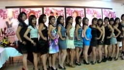 Presentación De Las Candidatas a La Flor Más Bella 2011