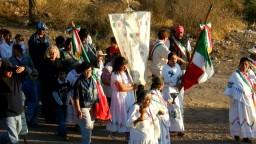 Chichimecas Ofrecen Chimal a la Virgen de Guadalupe
