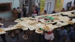 Chichimecas Trasladan el Chimal al Santuario. Diciembre 2006